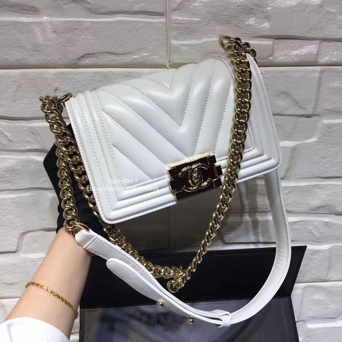 3be9969d852f Chanel Boy Mini Chevron White