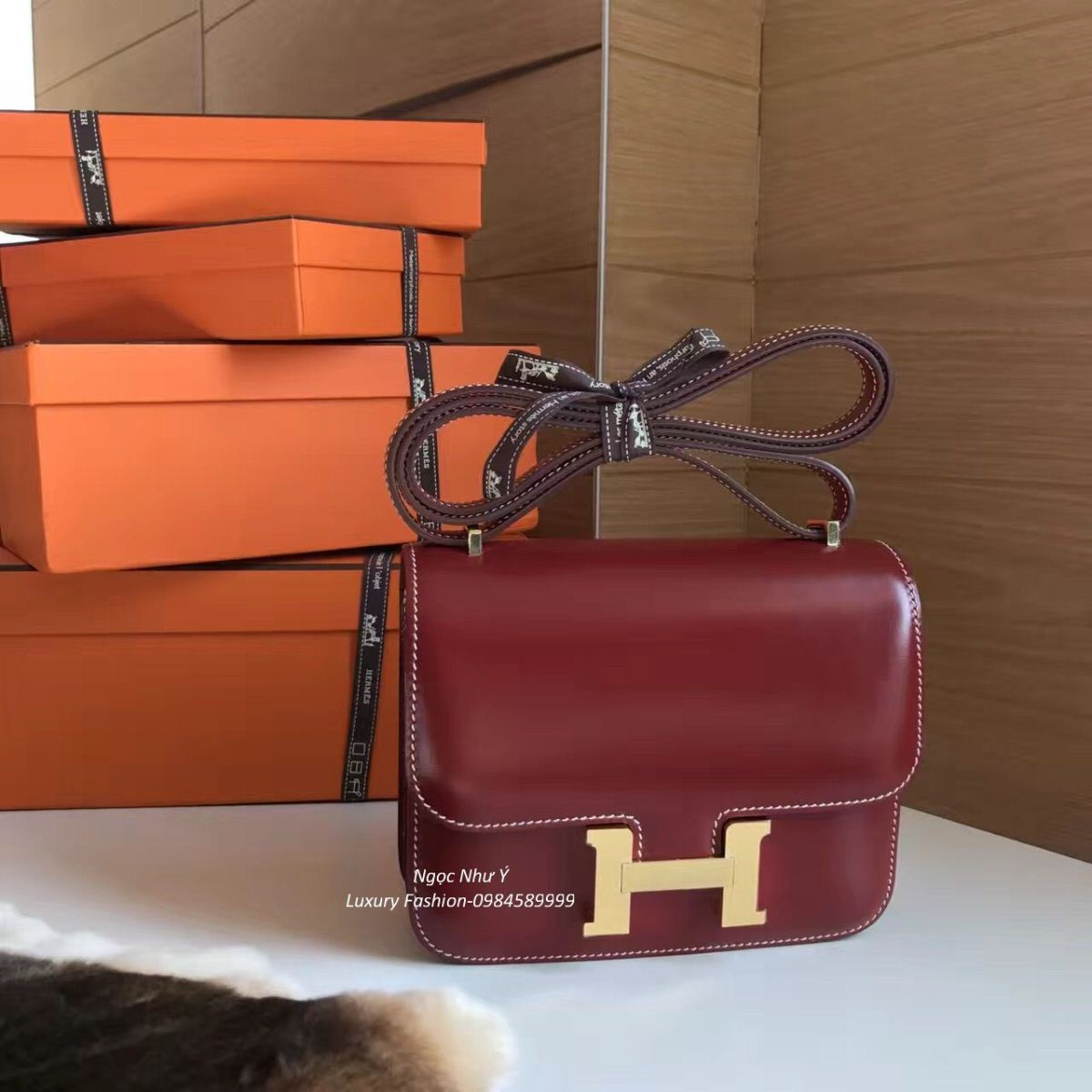 Hermes Constance 19 Box Rouge