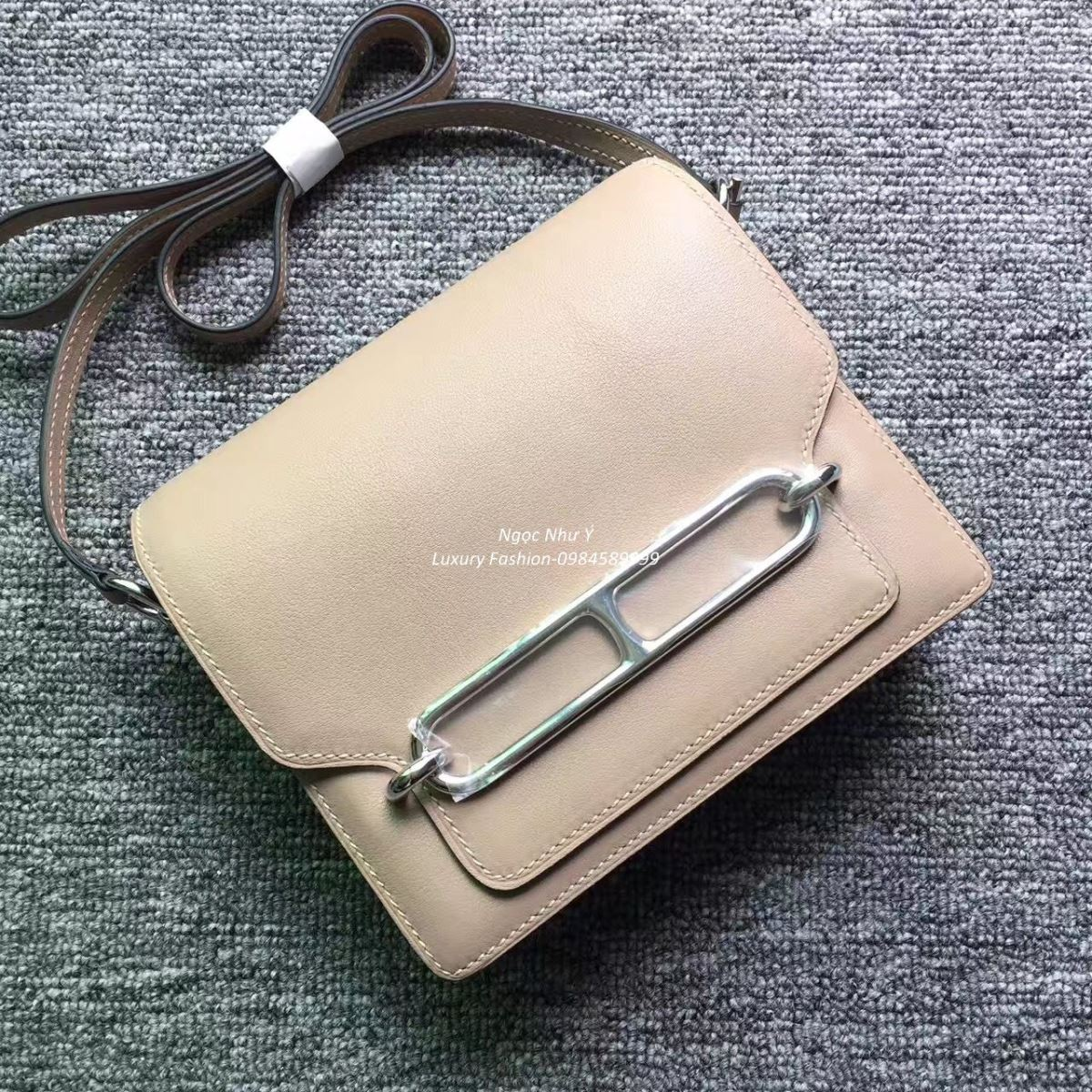 Túi Hermes Roulis Mini 19 Swift màu Grey Veau