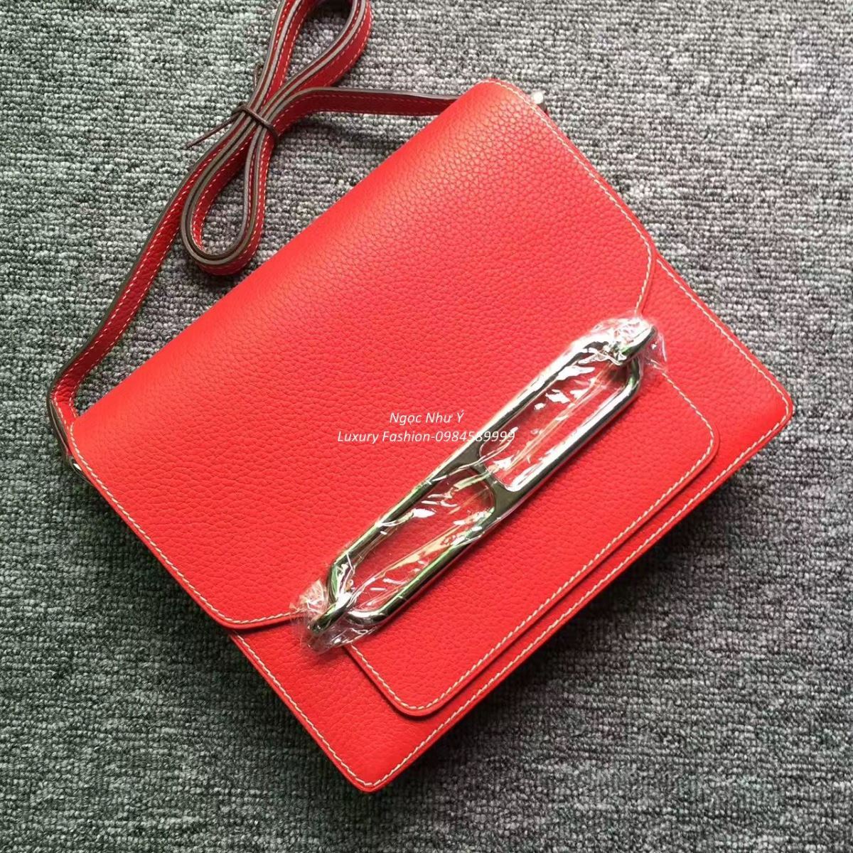 Túi Hermes Roulis Mini 19 Togo màu Candy Red