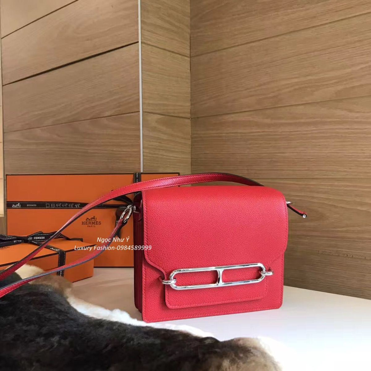 Hermes Roulis Mini 19 Togo Red